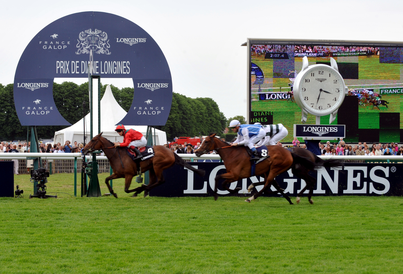 Longines Flat Racing Event: Prix de Diane Longines:  a weekend tinged with elegance 9