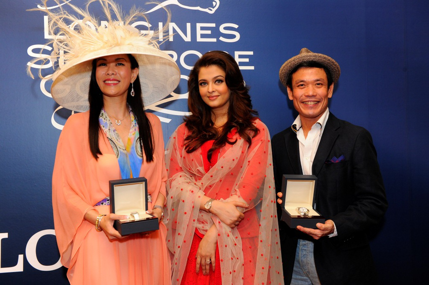 Longines Flat Racing Event: Longines Singapore Gold Cup 2012 raises S$236,728 8