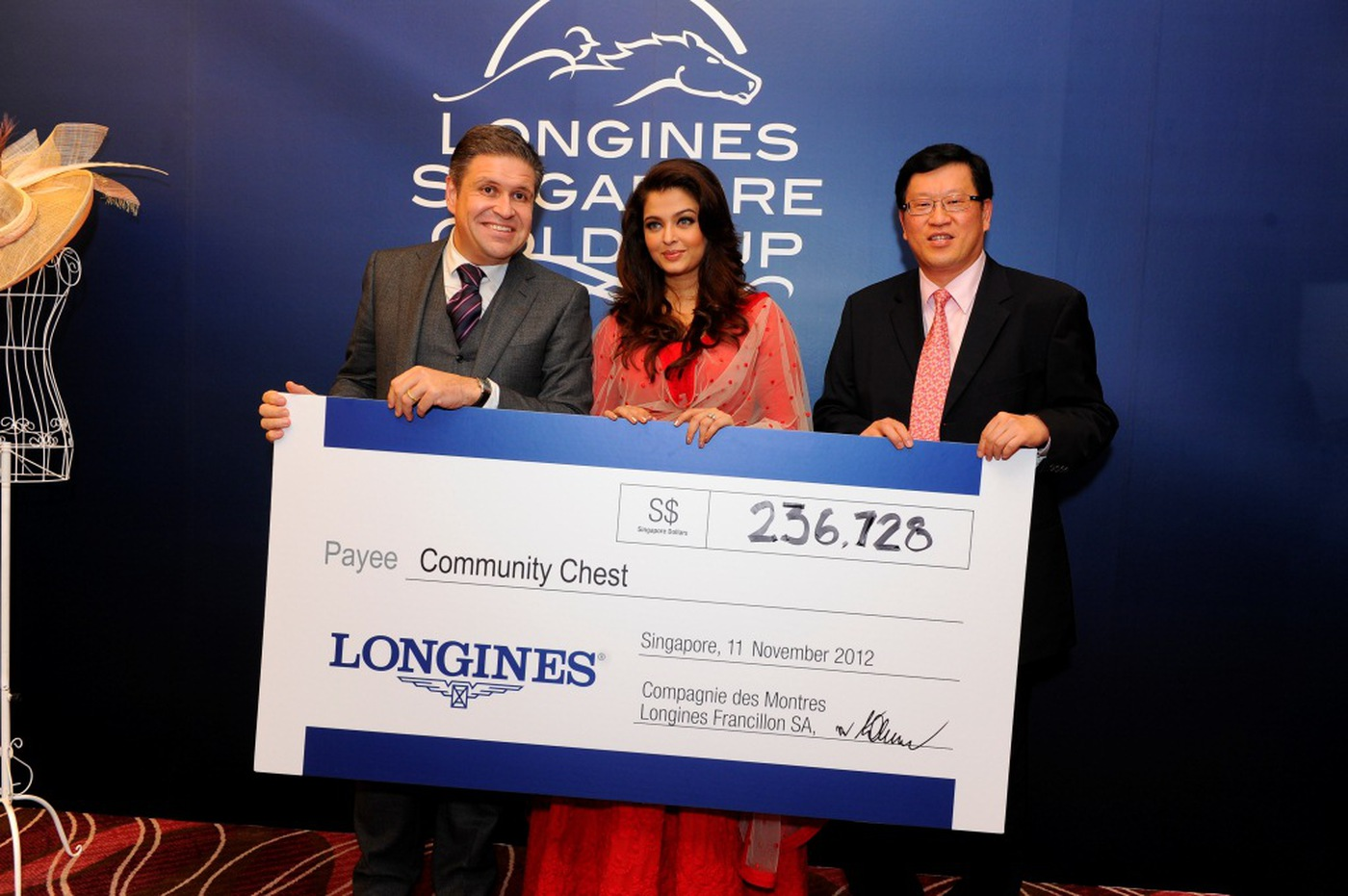 Longines Flat Racing Event: Longines Singapore Gold Cup 2012 raises S$236,728 9