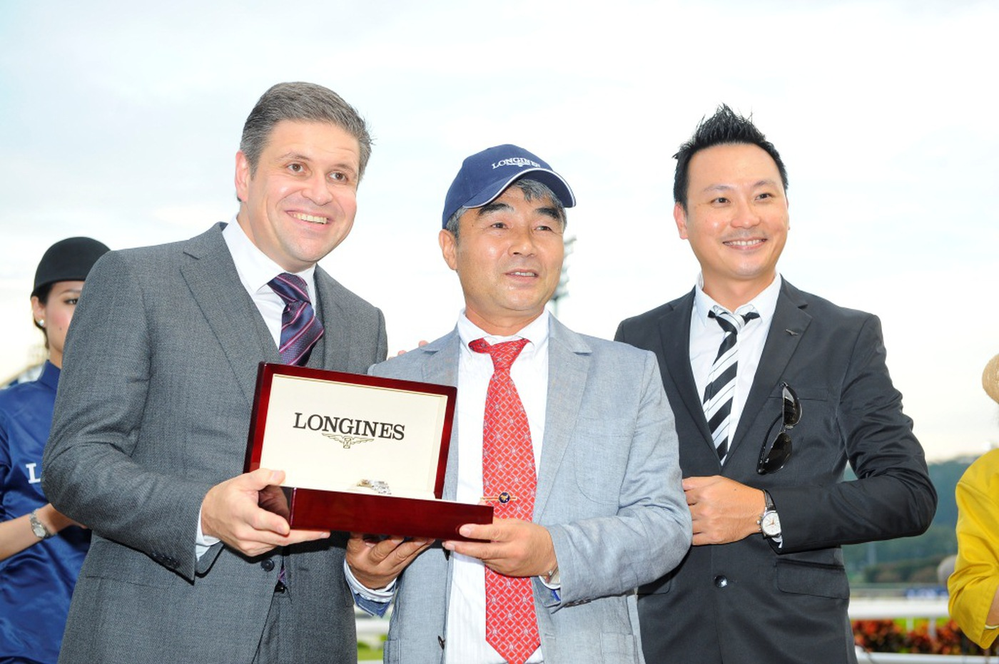 Longines Flat Racing Event: Longines Singapore Gold Cup 2012 raises S$236,728 15