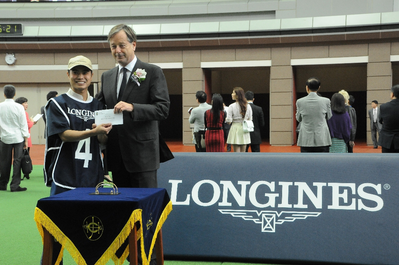 Longines Flat Racing Event: The first ever Longines Jockey Club Cup showcased Longines' passion for equestrian sports 7