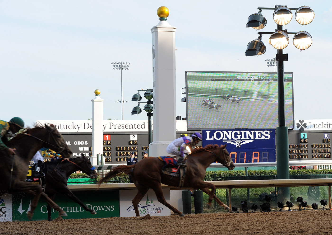 Longines Flat Racing Event: Churchill Downs announces Longines as Entitlement Partner of Longines Kentucky Oaks 139 2