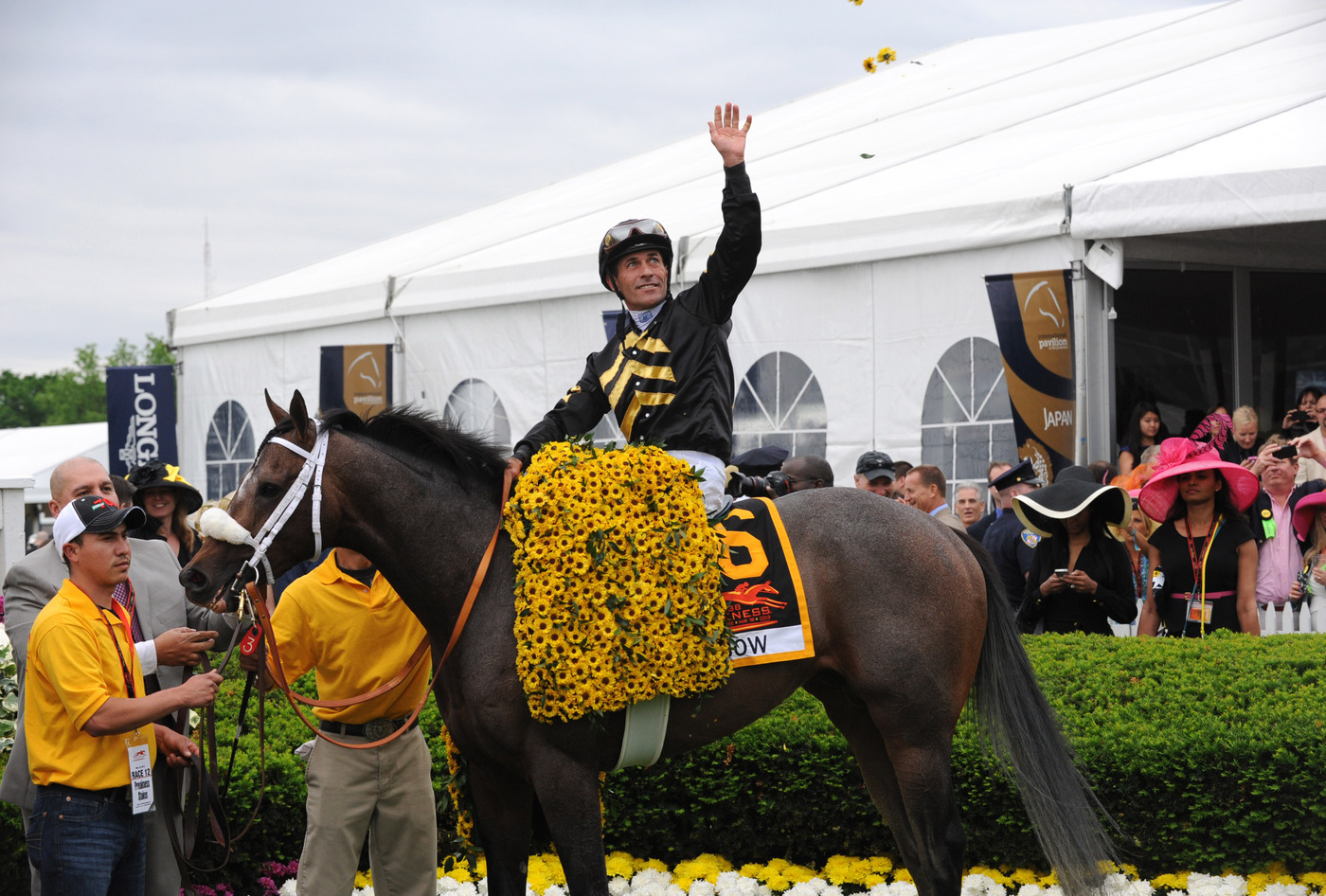 Longines Flat Racing Event: Longines awards luxury timepieces to owner, trainer and jockey of Preakness Stakes winner, Oxbow 2
