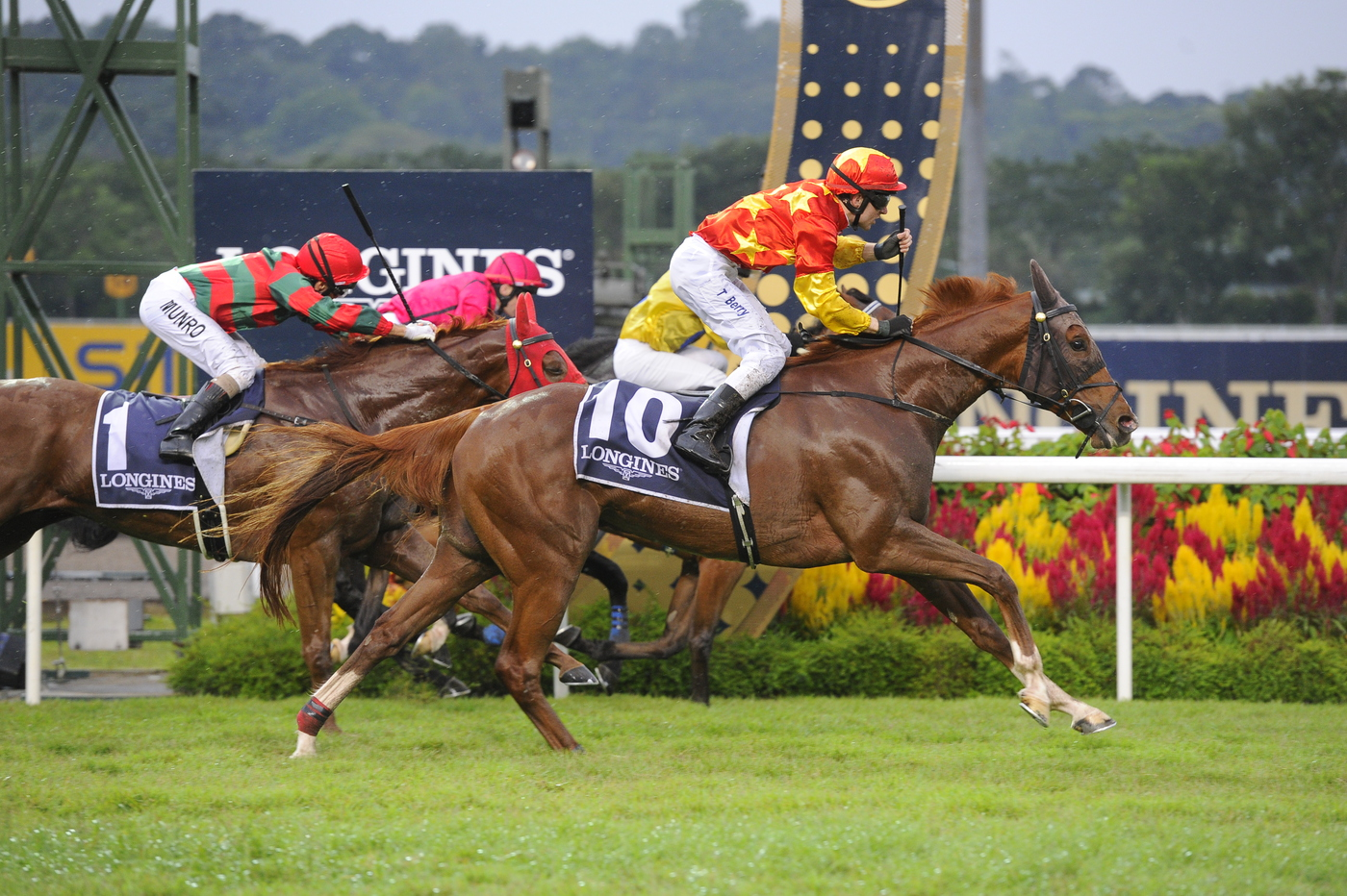 Longines Flat Racing Event: The prestigious Longines Singapore Gold Cup 2013 raises S$374,483 for charity 5