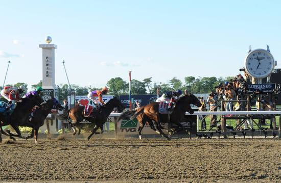 Longines Flat Racing Event: Longines Times Tonalist's surprising Victory at Belmont Stakes 1