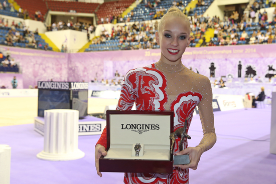 Longines Gymnastics Event: The Longines Prize for Elegance awarded to Yana Kudryavtseva at the 33rd Rhythmic Gymnastics World Championships 2014 in Izmir 1