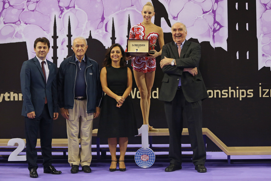 Longines Gymnastics Event: The Longines Prize for Elegance awarded to Yana Kudryavtseva at the 33rd Rhythmic Gymnastics World Championships 2014 in Izmir 6