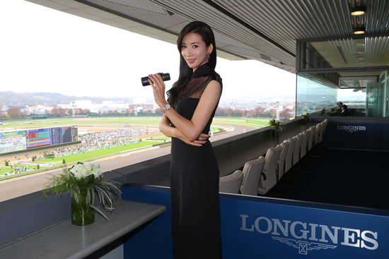 Longines Flat Racing Event: Christophe Soumillon on Epiphaneia wins the Japan Cup in association with Longines 5