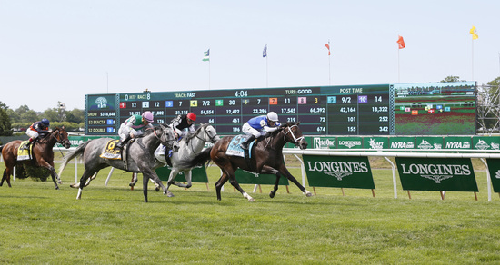 Longines Flat Racing Event: LONGINES TIMES AMERICAN PHAROAH'S TRIPLE CROWN VICTORY AT BELMONT STAKES 2