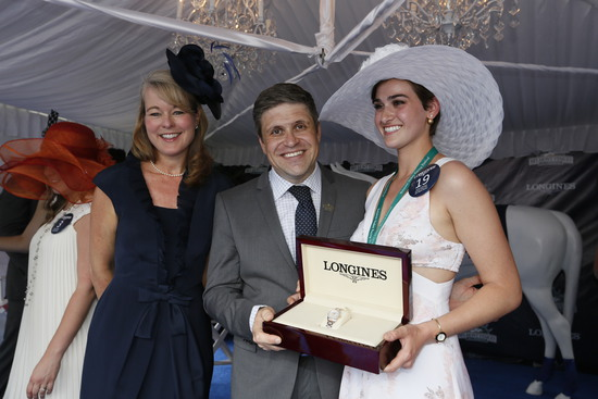 Longines Flat Racing Event: LONGINES TIMES AMERICAN PHAROAH'S TRIPLE CROWN VICTORY AT BELMONT STAKES 4