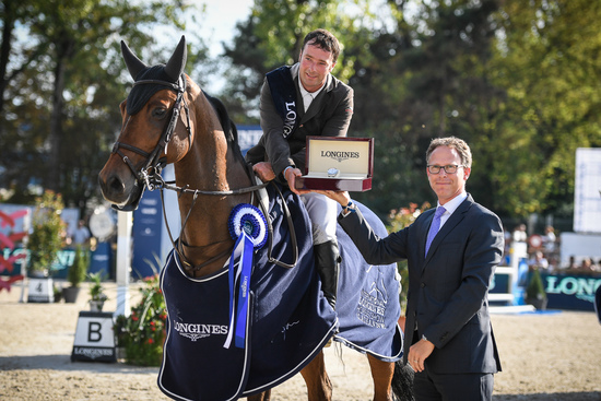 Longines Show Jumping Event: Robert Whitaker (GBR) wins the Grand Prix Longines of the City of Lausanne 4