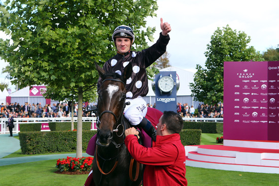 Longines Flat Racing Event: Longines timed the victory of Found and Ryan Moore at the 2016 Qatar Prix de l'Arc de Triomphe 3
