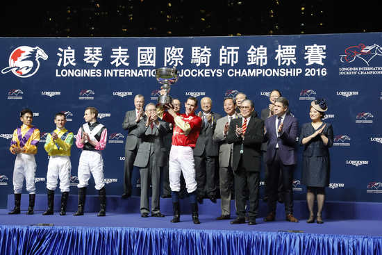 Longines Flat Racing Event: An electric atmosphere for the Longines International Jockeys' Championship 2016 1