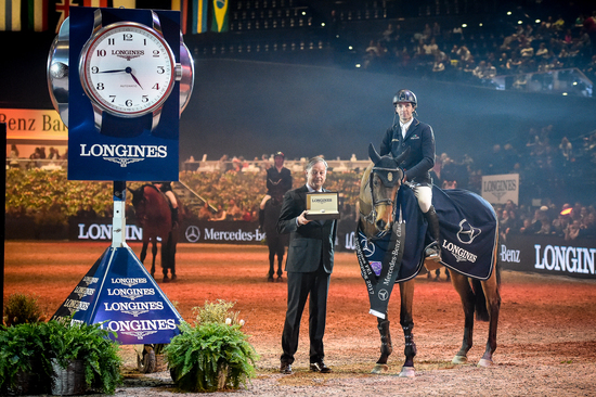 Longines Show Jumping Event: Eduardo Alvarez Aznar wins the Swiss leg of the Longines FEI World Cup™ in Zurich 2