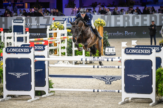 Longines Show Jumping Event: Eduardo Alvarez Aznar wins the Swiss leg of the Longines FEI World Cup™ in Zurich 4