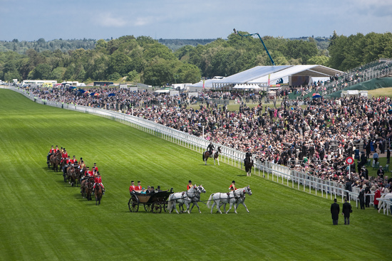 Longines Flat Racing Event: The Asian star Chi Ling Lin discovers the prestigious glamour of Royal Ascot 3