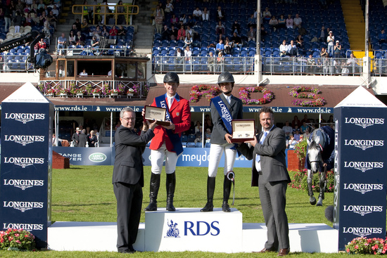 Longines Show Jumping Event: The winners of the 2010 Longines Press Award for Elegance 3