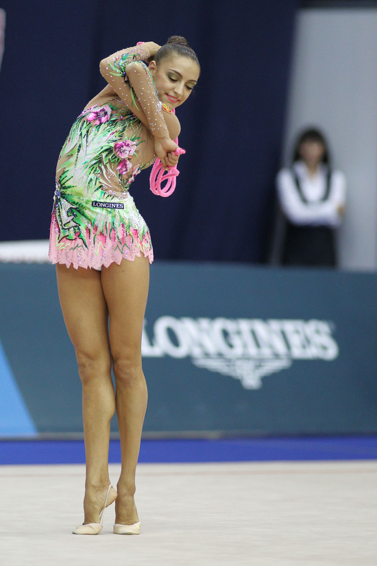 Longines Gymnastics Event: Ingeborga Dapkunaite gives the Longines Prize for Elegance to Daria Kondakova 4