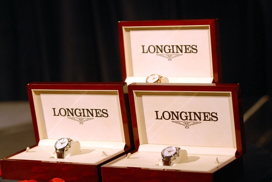 Longines Flat Racing Event: LONGINES WATCHES PRESENTED TO OWNER, TRAINER AND JOCKEY OF KENTUCKY DERBY WINNER 6