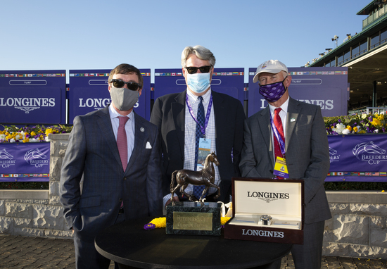 Longines Flat Racing Event: Authentic raced into victory at the 2020 Longines Breeders Cup Classic 2