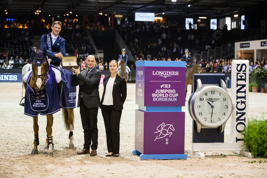 Longines Show Jumping Event: Daniel Deusser and Tobago Z claimed stunning victory at the Longines FEI Jumping World Cup™ leg in Bordeaux 2