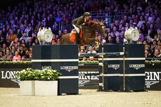 Longines Show Jumping Event: The Longines Masters of Paris: when glamour meets sports performances 10