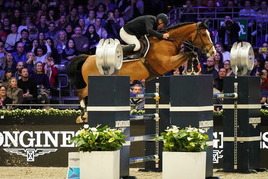 Longines Show Jumping Event: The Longines Masters of Paris: when glamour meets sports performances 8