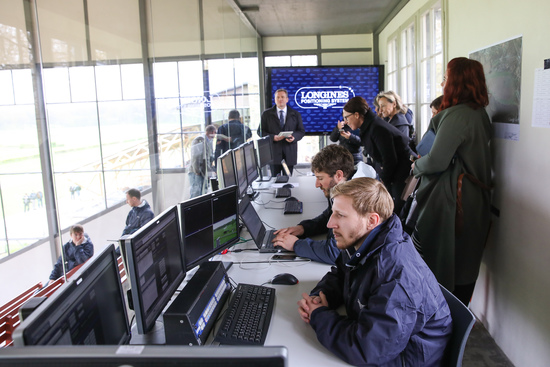 Longines Flat Racing Event: Longines presented its exclusive offer in sports timing services including a brand new application 5