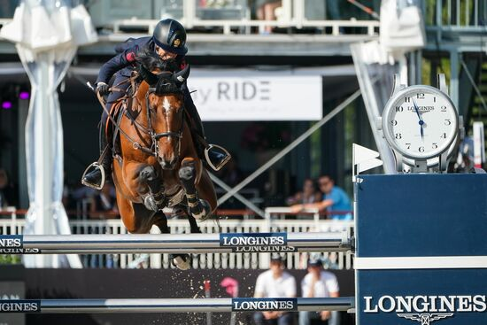 Longines Show Jumping Event: The first Swiss edition of the Longines Masters smiles upon Gudrun Patteet 5
