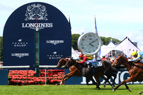 Longines Flat Racing Event: A remarkable 2019 edition of the Prix de Diane Longines in presence of Longines Ambassador of Elegance Simon Baker  9