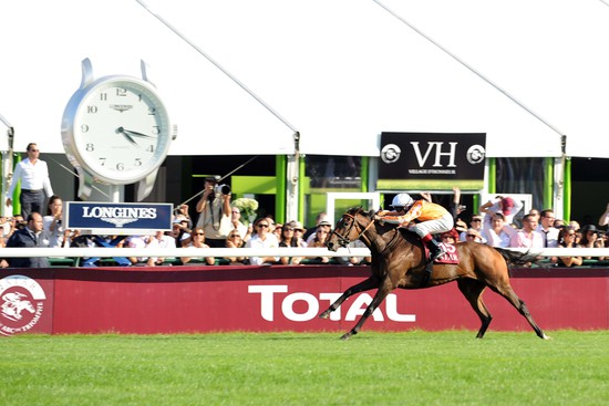 Longines Flat Racing Event: Recordbreaker Danedream wins the Qatar Prix de l'Arc de Triomphe 2