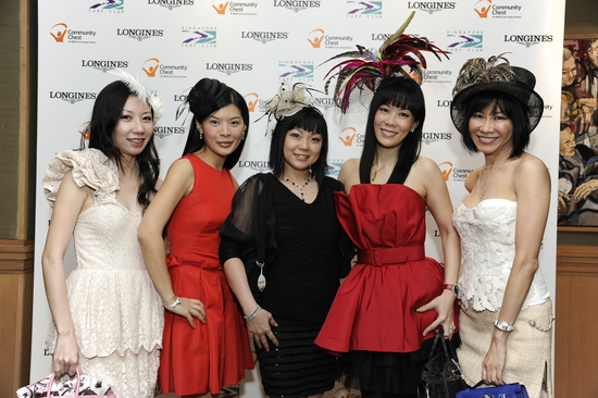 Longines Flat Racing Event: LONGINES SINGAPORE GOLD CUP 2011 raises S$241,136 for the Chaoyang School 4