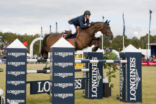 Longines Show Jumping Event: Nations Cup – Longines Press Award for Elegance: Intermediate ranking 6