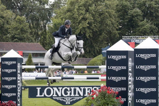 Longines Show Jumping Event: Longines Press Award for Elegance 2012 3