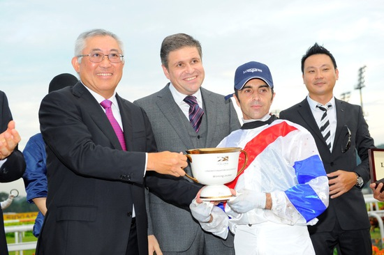 Longines Flat Racing Event: Longines Singapore Gold Cup 2012 raises S$236,728 16