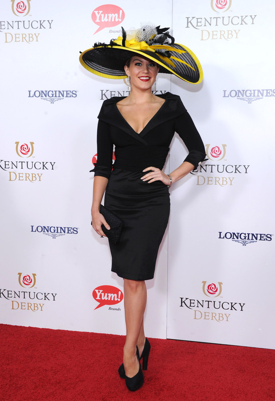 Longines Flat Racing Event: Longines awards timepieces to the winners of the Kentucky Derby 3