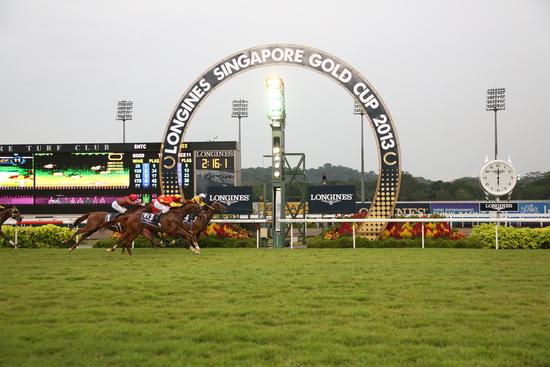 Longines Flat Racing Event: The prestigious Longines Singapore Gold Cup 2013 raises S$374,483 for charity 6